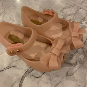 Bow Mini Melissa nude size 5 toddler girl shoes
